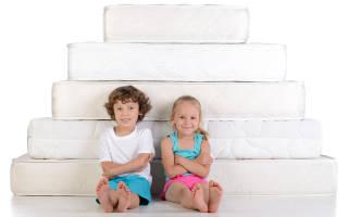 Какой матрас лучше выбрать пружинный или беспружинный для ребенка